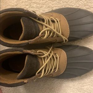 sperry duck boots for snow LIKE NEW